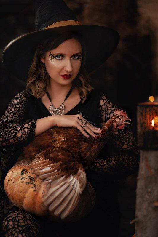 ведьма колдунья курица портрет животные магия Тёмная колдуньяphoto preview