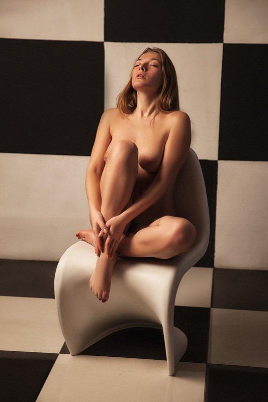 обнаженная, натура, портрет, девушка, квадраты, Ольгаphoto preview