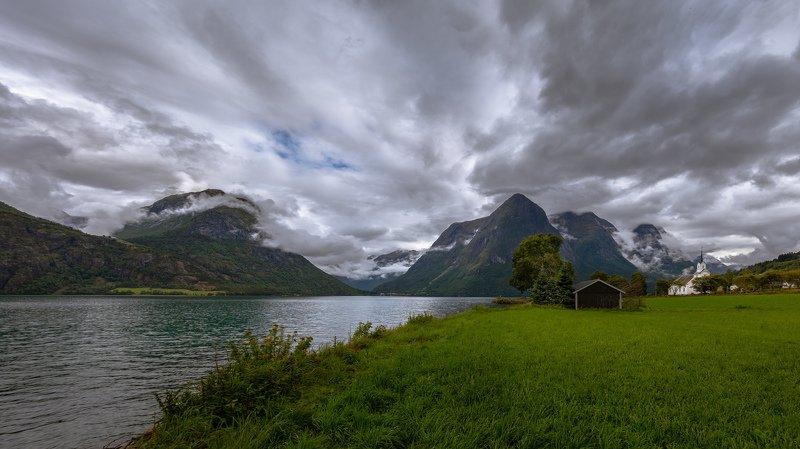 гейрангер, норвегия, облака, горы, озеро, домик, Норвежская сказка про Гейрангер.photo preview