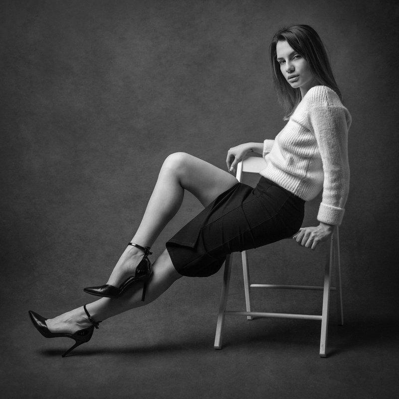 портрет, черно-белое Элинаphoto preview