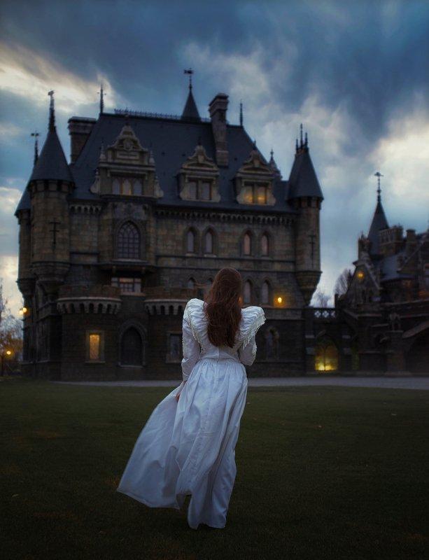 замок, девушка, невеста, призрак, красавица, мистика, магия Дорога в сказкуphoto preview