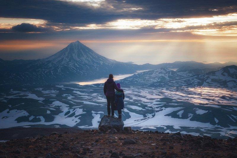камчатка,вилючинский,рассвет,вулкан,kamchatka,vulkan притяжение восходящего солнцаphoto preview