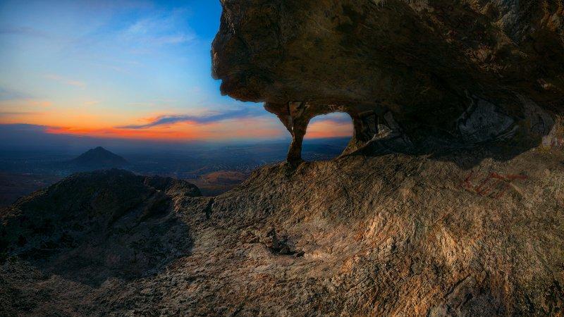 закат, скалы,природа,пейзаж,кмв На краю закатаphoto preview