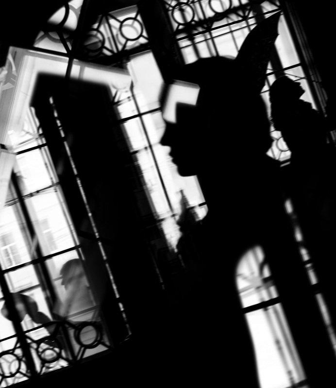 чб,арт,силуэт,вокзал Театр привокзальных тенейphoto preview