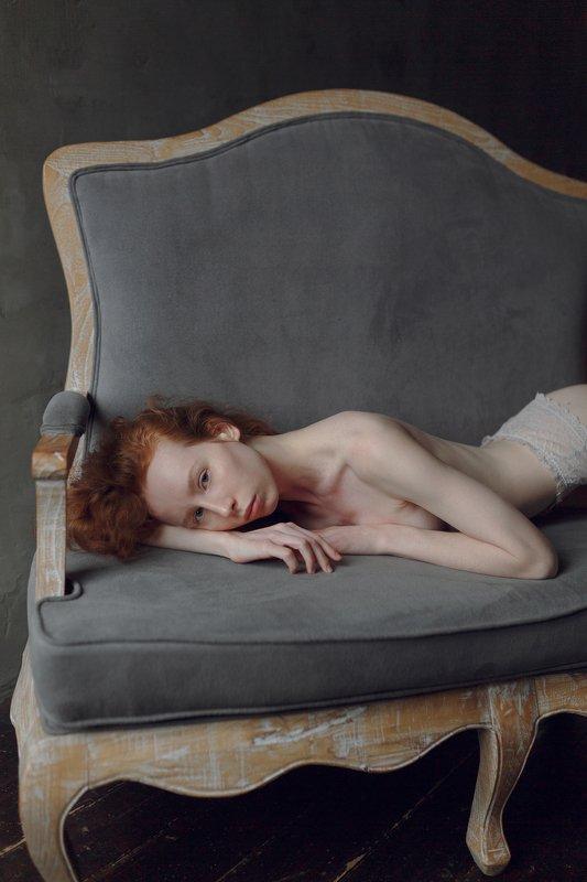 woman, portrait Катяphoto preview