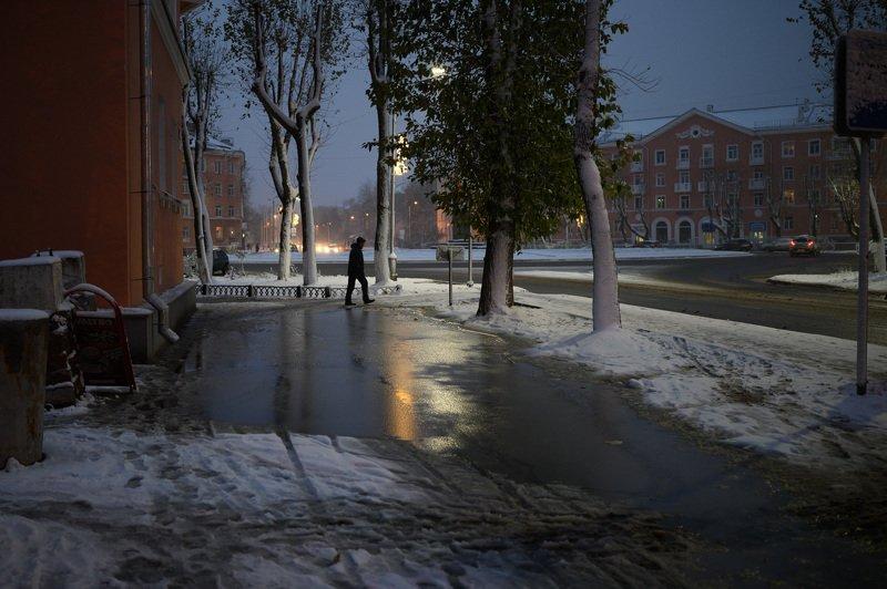 уличная фотография, streetphotography, северодвинск, снег, Снег в октябреphoto preview