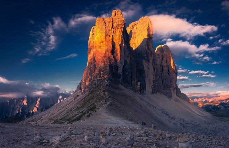 Tre Cime during sunrise.photo preview