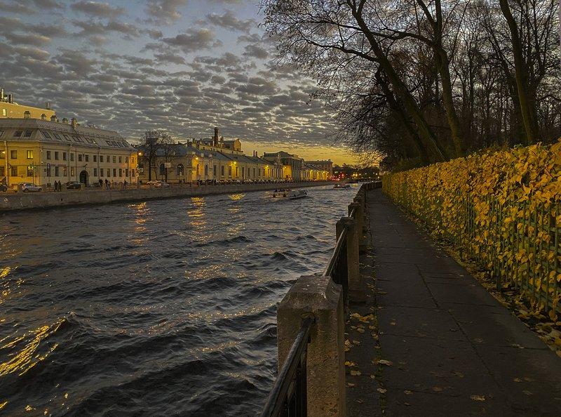 Петербург, городской пейзаж, Фонтанка, Летний сад Ноябрьphoto preview