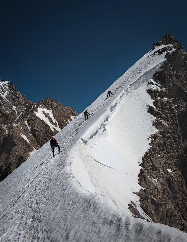 Вершина п. Селла (Безенги )photo preview
