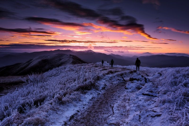 Pink sunrise in Bieszczady Mountains.photo preview