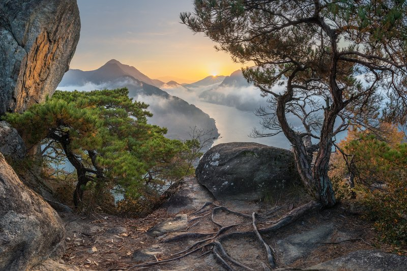 mountains,peak,hiking,fog,clouds,autumn Autumn, elements of lifephoto preview