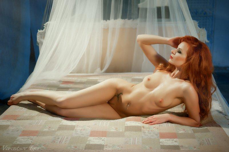 ню, девушка, грудь, обнажённая, красивая, кровать, винтаж , голая photo preview