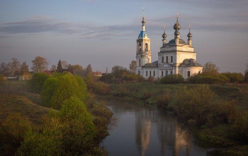 церковь, река, Савинское,  Весенний фотоэтюдphoto preview