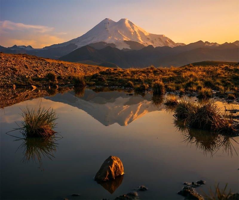 природа, пейзаж, горы, кавказ, природа россии, дикая природа, закат, свет, облака, вечер, весна, эльбрус *photo preview