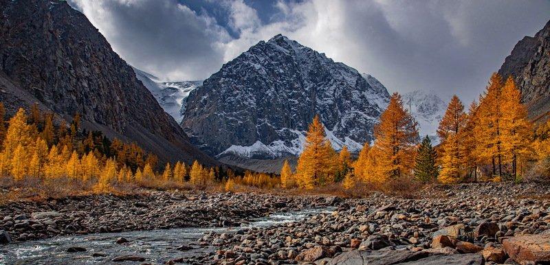 алтай. осень. горы. Долина Актруphoto preview