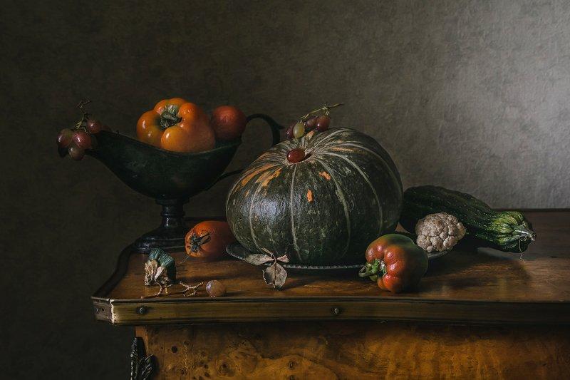 натюрморт, овощи, тыква, перцы, цукини, виноград С тыквой и перчикамиphoto preview