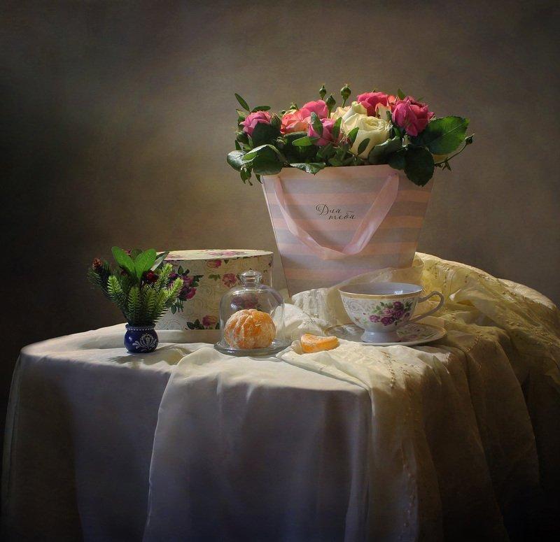 натюрморт, зима, цветы, розы, мандарин Декабрьский день рожденияphoto preview
