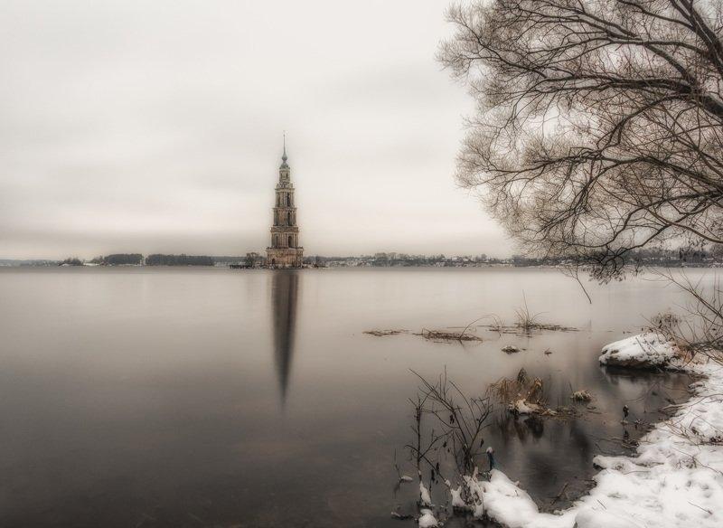 Калязинская колокольня (колокольня Никольского собора)photo preview