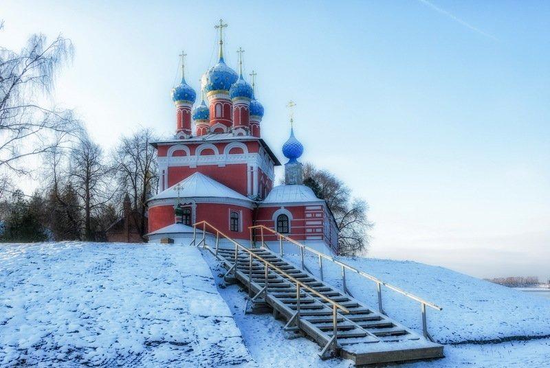 Углич, церковь царевича Димитрия на кровиphoto preview
