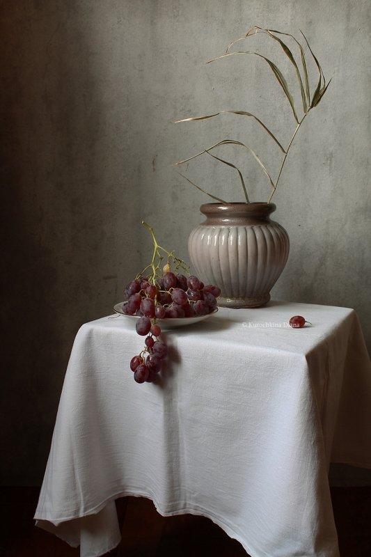 натюрморт, зима, виноград Зимний виноградphoto preview