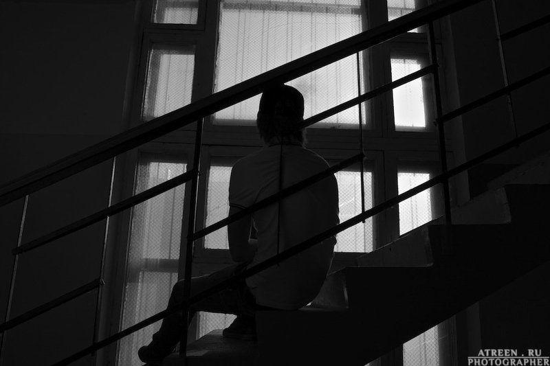 Дым, Лестница, Парень, Портрет, Сигарета Лестничная курилкаphoto preview