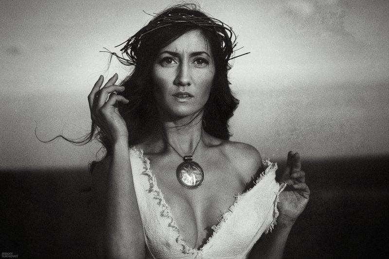 ведьма, венок Из серии фото превью