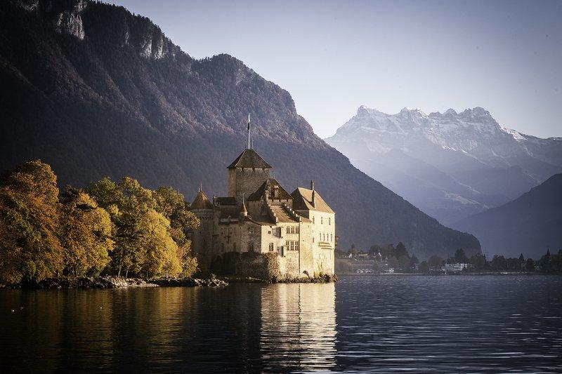 шильонский замок, швейцария, женевское озеро, леман, осень, отражение, горы, снег *Château de Chillon*photo preview