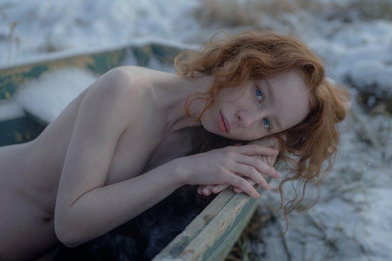 портрет красота девушка арт Frozenphoto preview