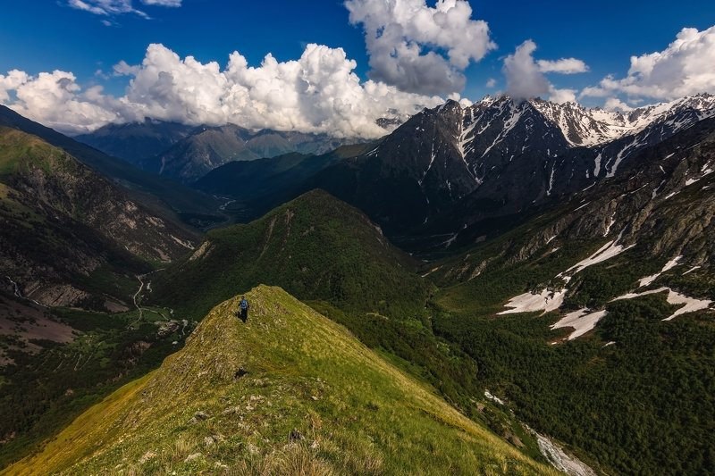 горы,восхождение,кавказ,облака surrounded by the peaks of the blue...photo preview