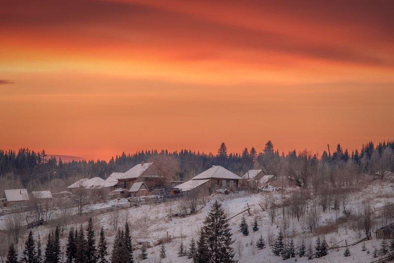поселок, кусья, урал, утро, рассвет, красный, снег, зима, мороз Красная заря 2photo preview