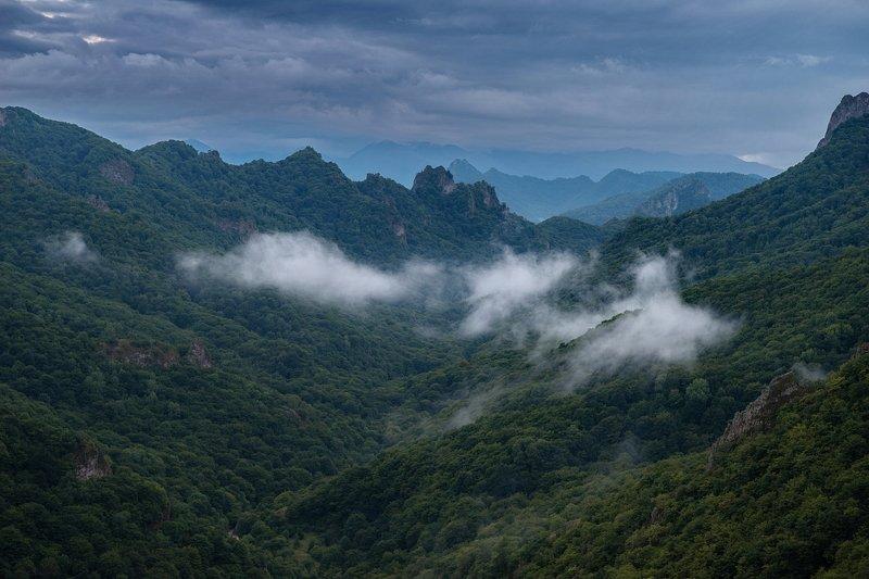 гора, рассвет, небо, плато, облака, утро, тучи, непогода, домбай ОБЛАКА РЕШИЛИ ПОДРЕМАТЬphoto preview