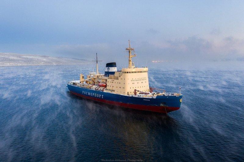 заполярье, мурманск, кольский залив, полярная ночь, судно, ледокол ледокол Красинphoto preview