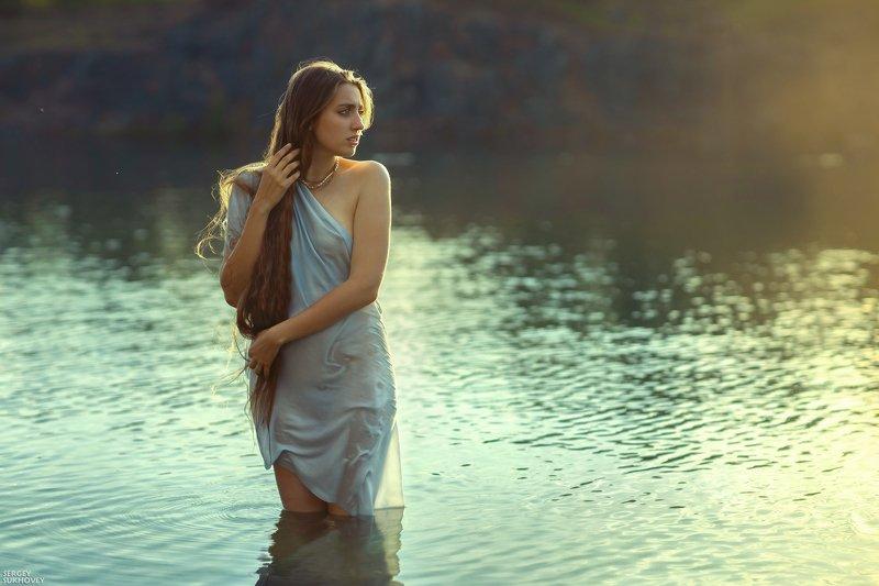купальщица, девушка в воде, летний портрет *** фото превью