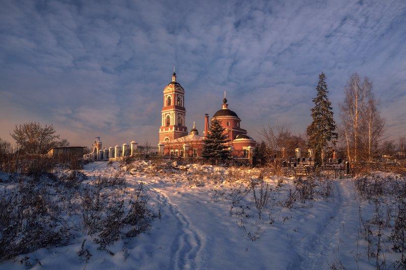 зима,вечер,снег,мороз,церковь,небо,облака,свет,богослово ***photo preview