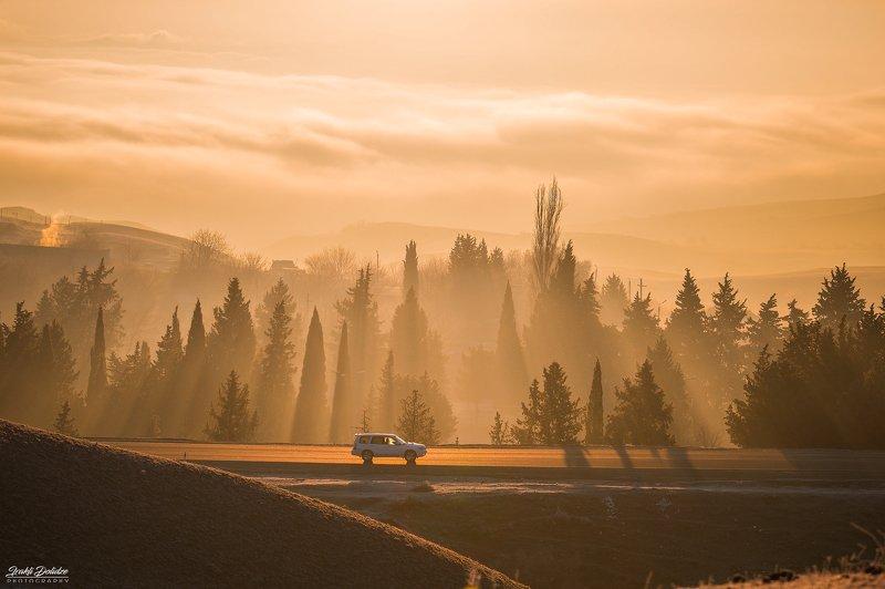 travel, road, roadtrip, road trip, car, shadow, sunrise, sun, sun light, mountain, morning, outdoor, landscape, canon, photography Heaven tripphoto preview