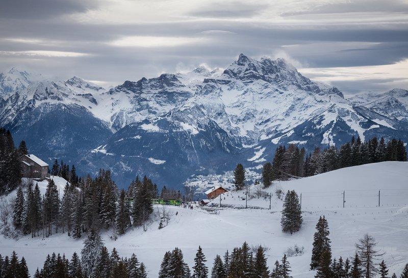 горы,снег, швейцария, туризм,солнце,воздух, метель, поезд, шато *Smoking mountain*photo preview