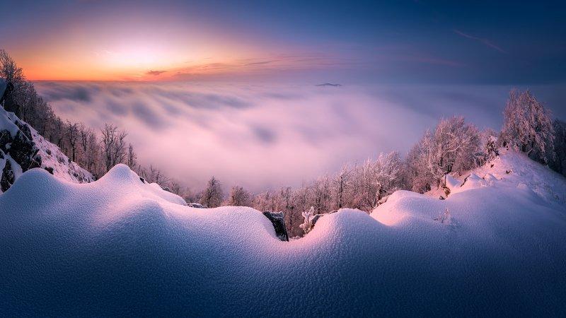 Vysoka peak above the cloads фото превью