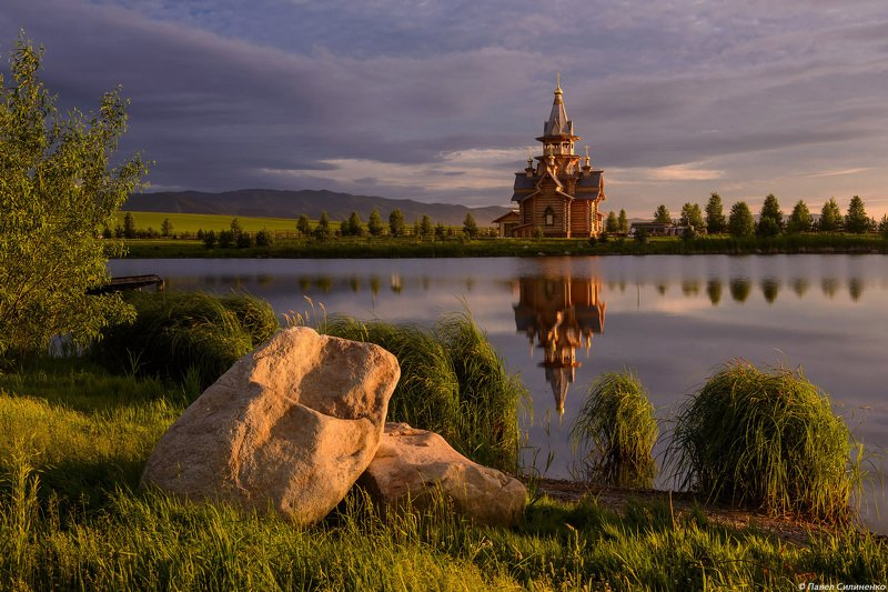 пейзаж, озеро, закат, храм, алтай, лето, свет Храм у озераphoto preview