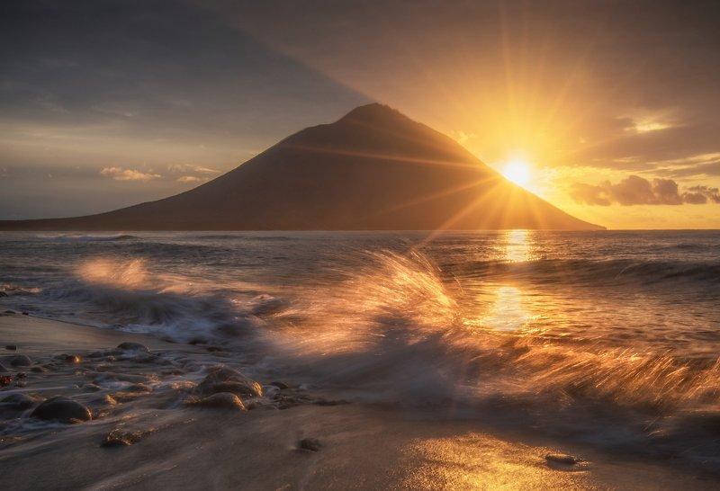 итуруп, курилы Вулкан Атсонупури.photo preview