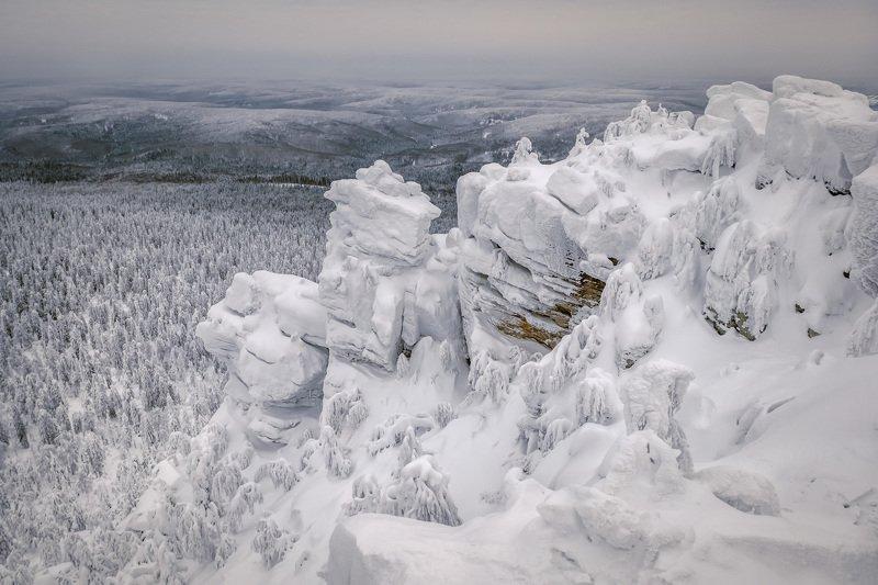 полюд, гора, скалы, тайга, зима, утро, холод, мороз Белые скалы Полюдаphoto preview