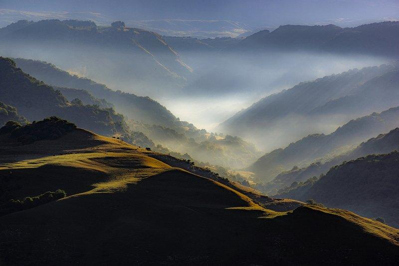 гора, рассвет, небо, облака, утро, тучи, непогода, туман, дымка, ущелье УТРО ТУМАННОЕphoto preview