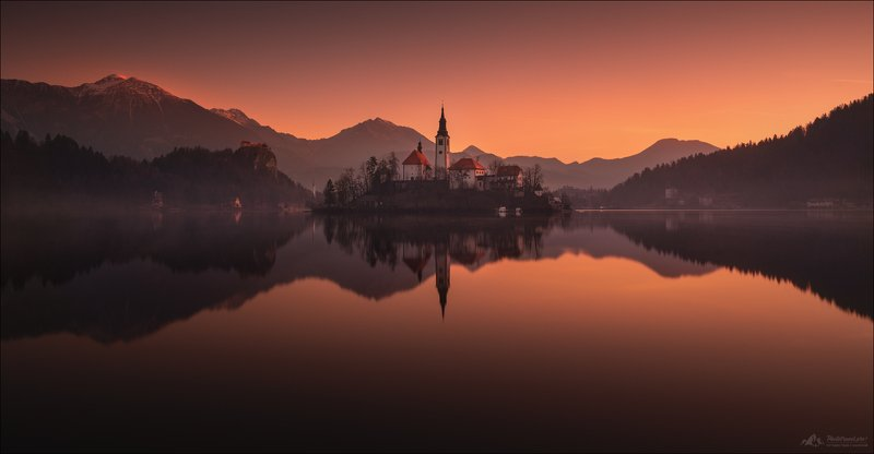 slovenia, lake, bled, winter, словения, озеро, блед, зима Smoke on the water ...photo preview