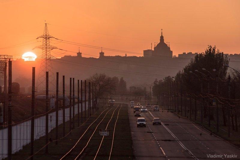 мариуполь, солнце, закат, дорога, храм, город, городской пейзаж В Мариуполе все спокойноphoto preview