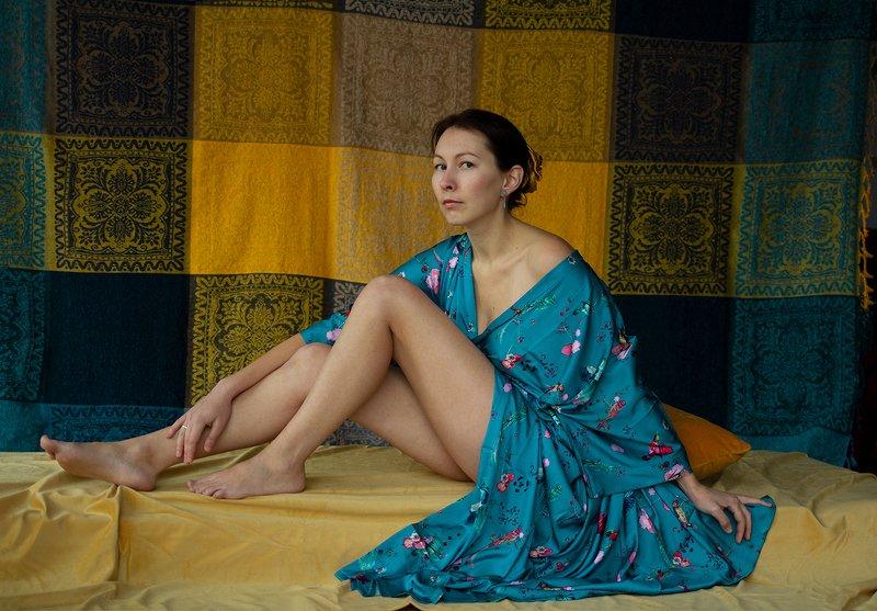 fine art portrait Oriental portraitphoto preview