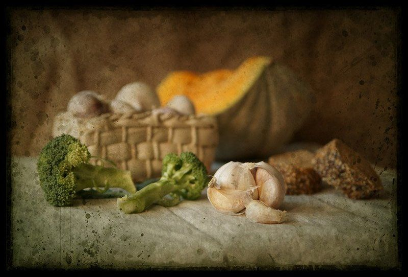 Чеснок и брокколи...photo preview