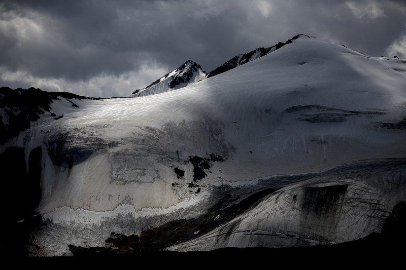казахстан, тянь-шань, заилийский алатау, горы, ледники, озёра, морены, морена, ледниковое озеро, ледник, Моренаphoto preview