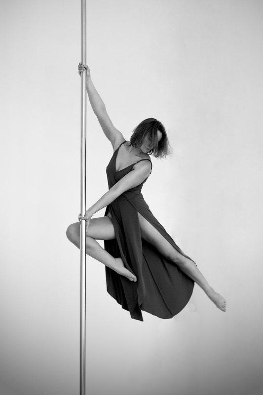 Танцы на пилонеphoto preview