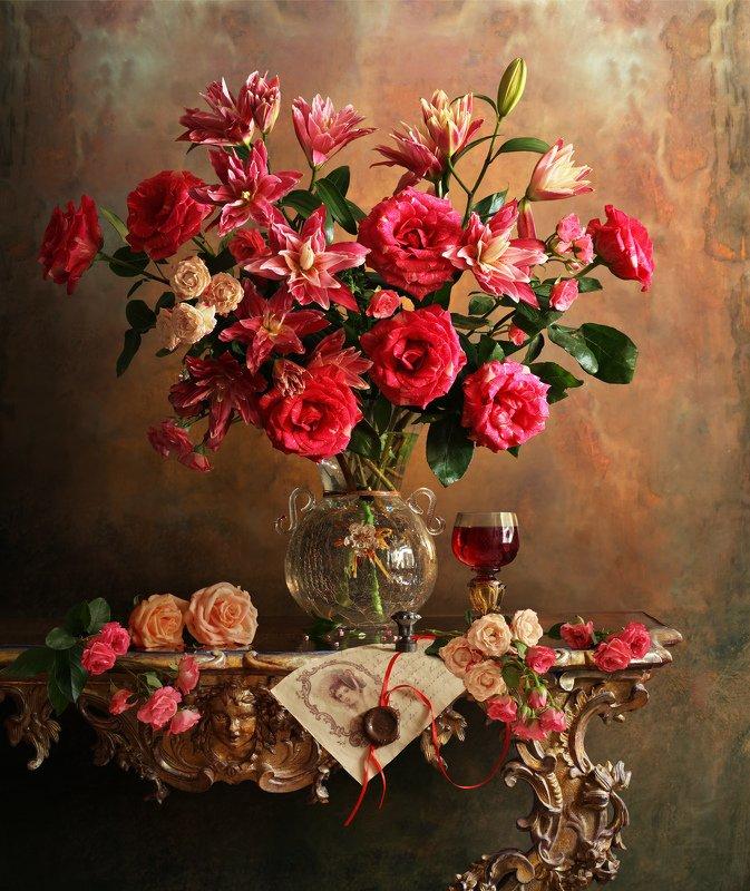 цветы, розы, лилии, ваза, букет, красный Натюрморт с цветамиphoto preview