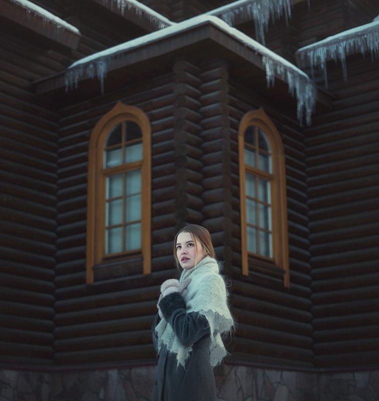девушка, церковь, храм, красавица, зима, архитектура Алинаphoto preview