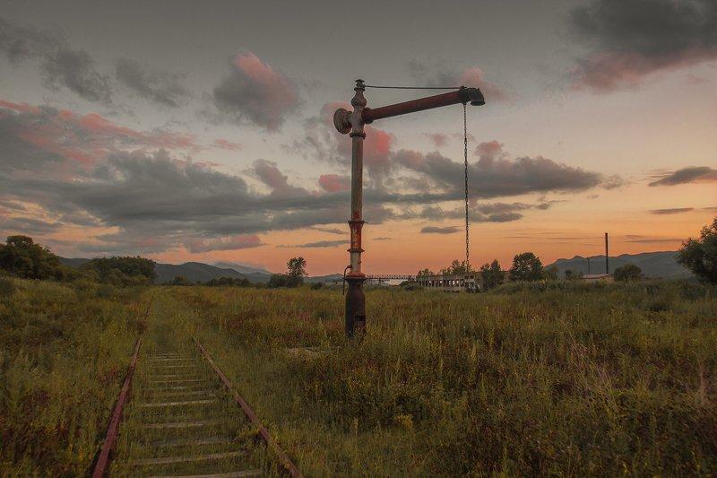 забытое,  жд,  железная дорога, станция, лето, закат, Журавль и лисицаphoto preview